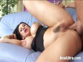 Porno Video of Tight Anal Drilled