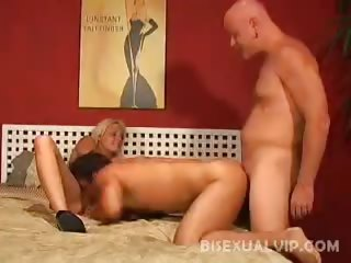 Porn Tube of Pussy Pleasing Bisexuals