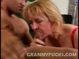 Porno Video of Hard Knobbed Granny Sierra