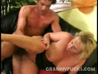 Porn Tube of Whamming Hot Granny Wanda