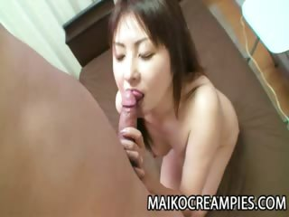 Porno Video of Japanese Milf Getting Ready For Sex