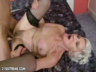 Porno Video of Grateful Granny