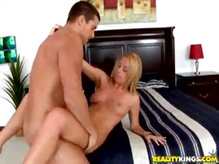 Porno Video of Bellaa Gets Her Pussy Pounded As Her Juicy Ass Bounces.