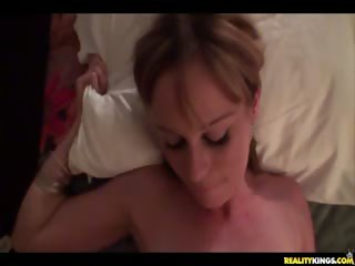 Porno Video of Jessie Gets Banged For Some Cash.