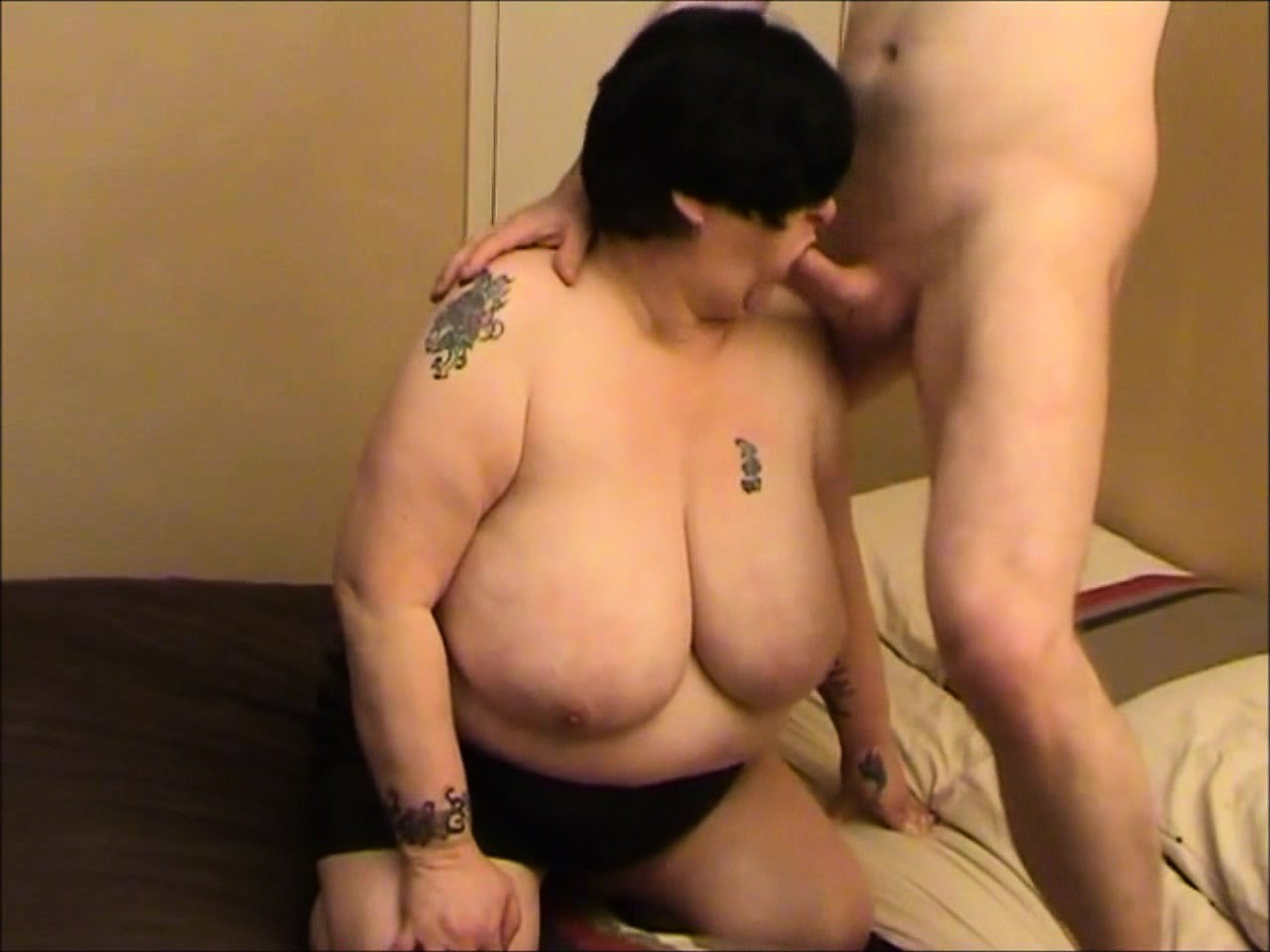 seks-znakomstva-devushkami-s-bolshoy-grudyu