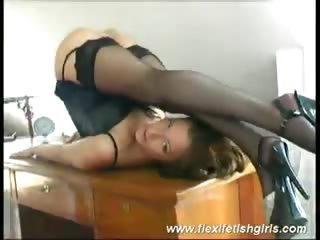 Porno Video of Juicy Hairy Cunt Of Judith