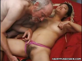 Porno Video of Hirsute Mature Anal