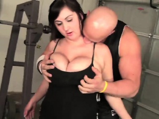 Chubby Babe Beverly Paige Gets Facial After Ramming