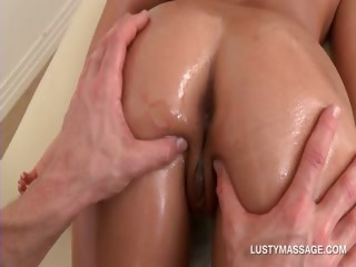 Sex Movie of Brunette Seductress Enjoying A Great Butt Oil Massage