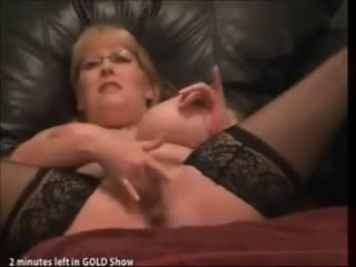 Porn Tube of Busty Milf With Glasses Squirting