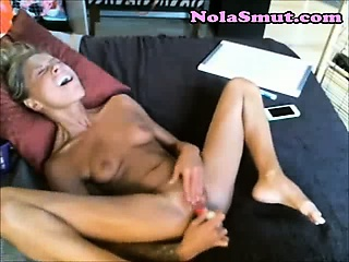 Porno Video of Skinny Teen Webcam Slut Jilling Off