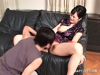 Sex Movie of Brunette Asian Gets Cunt Licked And Fingered
