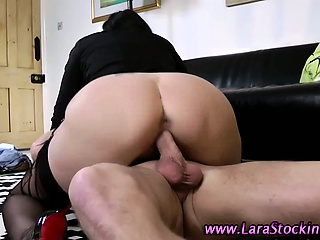 Porno Video of British Mature Babe In Stockings
