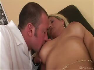 Sex Movie of This Hot Mama Sure Had A Huge Rack! The Dumb Slut Actually Believed We Were Legitimate Doctors Even Though The Nurse Was A Complete Bimbo! Watch Brigette Get Scammed Into Sucking And Fucking On Film For The First Time!!