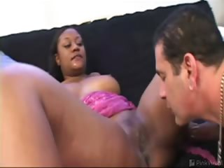 Porno Video of This Struggling Hoochie Mama Wanted An Acting Job So Bad, She Moved All The Way From Georgia To La! Kina Claimed She Was A Hustler. But Before We Gave Up The Cash, She Had To Give Up The Goods! We Slapped Some Bootylicious Shorts On Her Luscious Ebony Fra