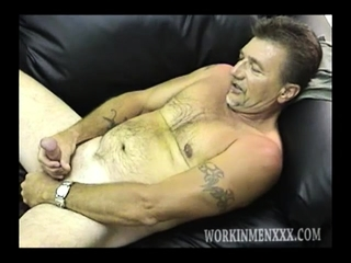 Mature Amateur Dave Beating His Meat